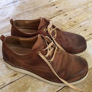 Samual Hubbard Brown Leather Lace Up Vibram Sole